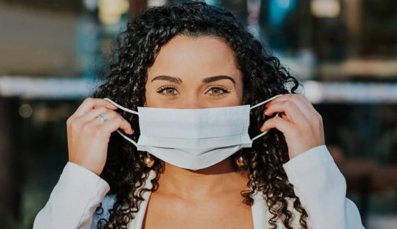 Infectologista do HSF reforça necessidade de uso de máscara mesmo após vacinação ou contaminação