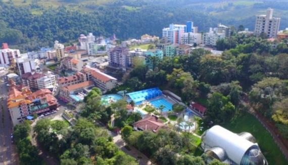 Novo lockdown preocupa setor do turismo na região